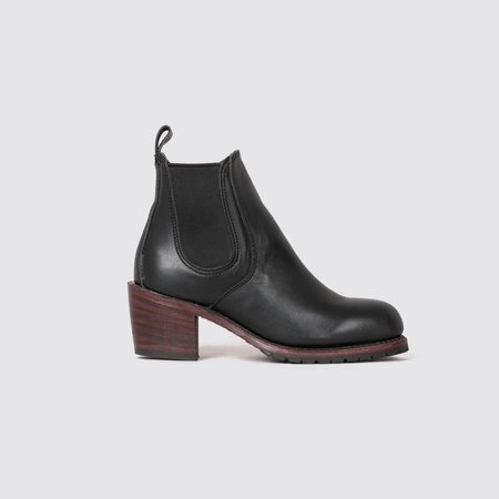 Red Wing Heritage Leather Harriet Boots - Black Boundary
