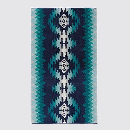 Pendleton Oversize Jacquard Towel - Papago Park Turquoise