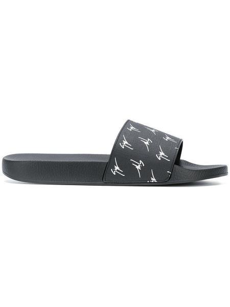 Giuseppe Zanotti Logo Slides - Black