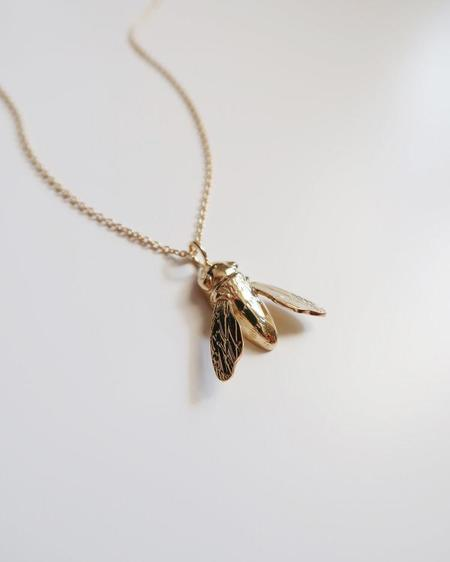 Invidiosa Jewelry Sculptural Bee Necklace - Gold