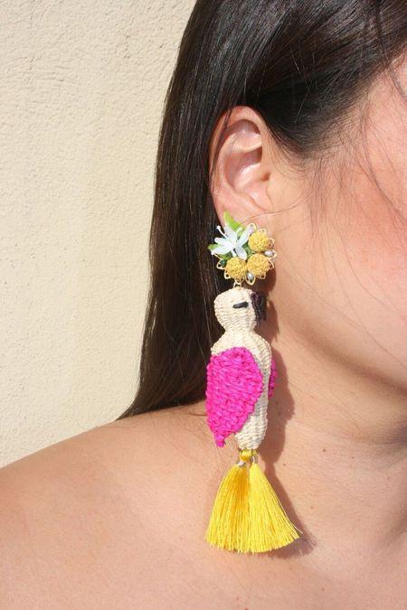 MERCEDES SALAZAR Parrot Earrings - Pink/Yellow