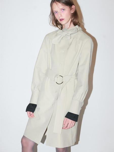 Bouton Tied Trench Coat - Beige