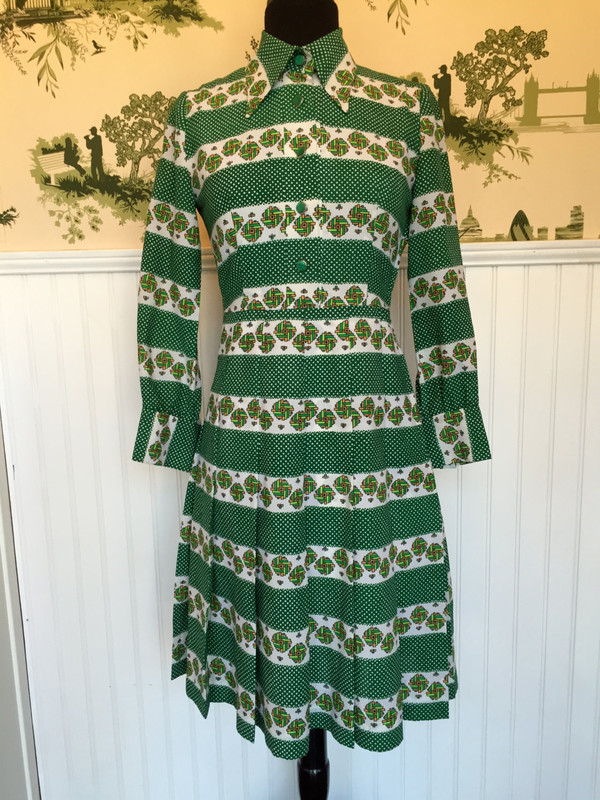 Vintage 60's Japanese Mad Men Graphic Pattern Dress 70's polka dot detail and print pattern size small medium