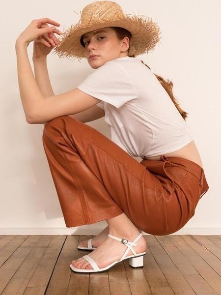 DOUGH Unbalance Sandal - WHITE