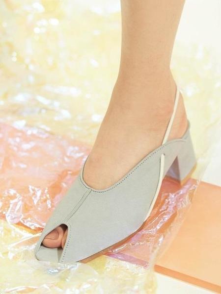 Wite Slingback Heels - Lavender