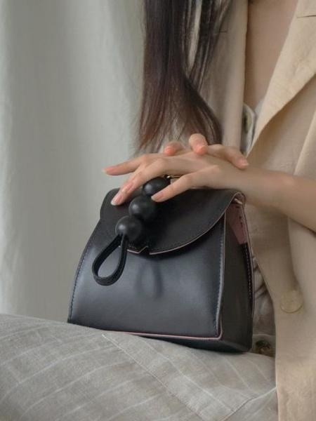 DESMAMAN Bloom Bag - Black
