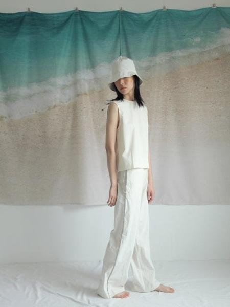 HALOMINIUM Reflected Elastic String Pants - Ecru