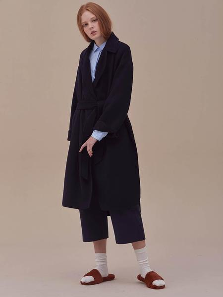 ANSWERING BIRD Jade Handmade Coat - Navy