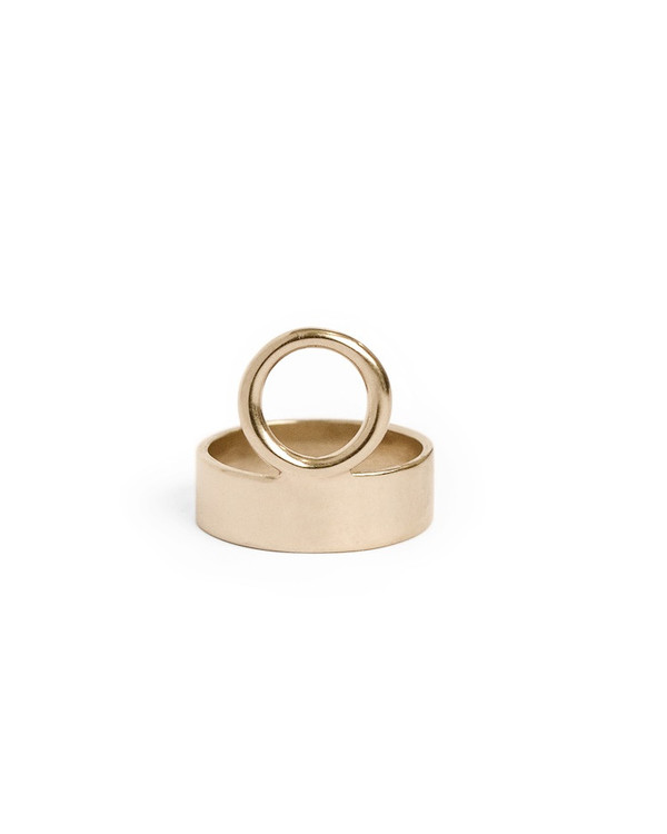 Minoux Jewelry Holding Space Ring