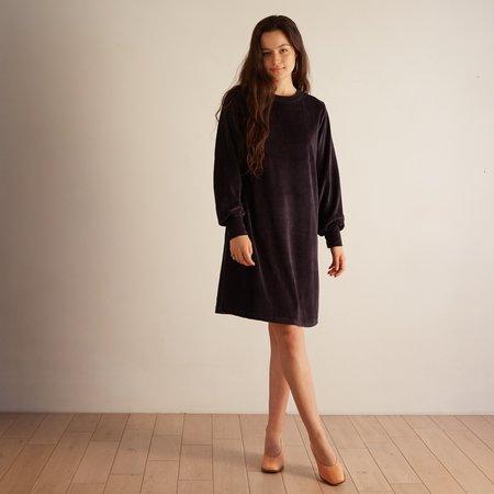 Acote Asana Velvet Dress - Ink