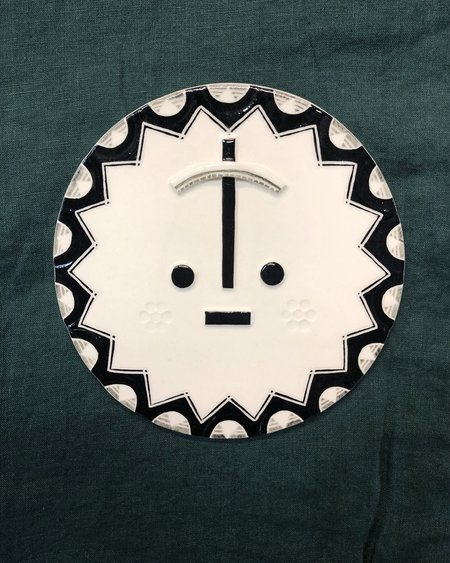 LOUISE KYRIAKOU URBY Small Ceramic Face Wall Hanging - White