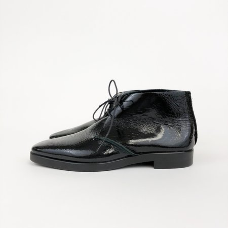 U-Dot Enamel Chukka Boot - BLACK