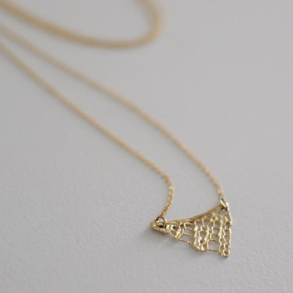 Dalva Lace Necklace