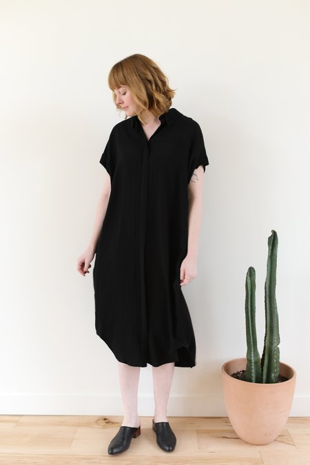 7115 by Szeki Signature Maxi Shirt Dress - Black