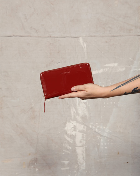 The Stowe Patent Zip Wallet - Tomato