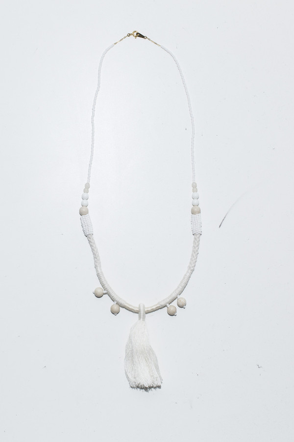 Ora-C Dom White Large Middle Tassel Necklace