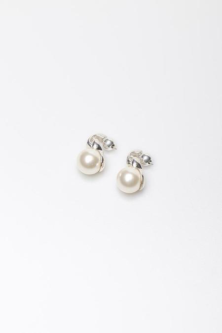 Sophie Buhai Everyday Pearl Earrings