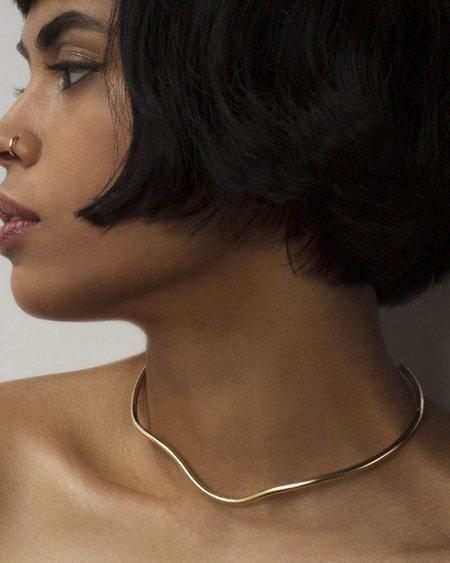Annika Inez Indented Collar