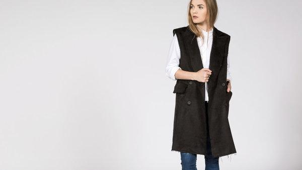 BLQ Basiq Ravel Sleeveless Jacket