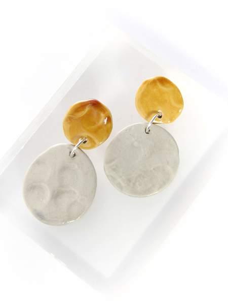 Levens Lune Gris Earrings