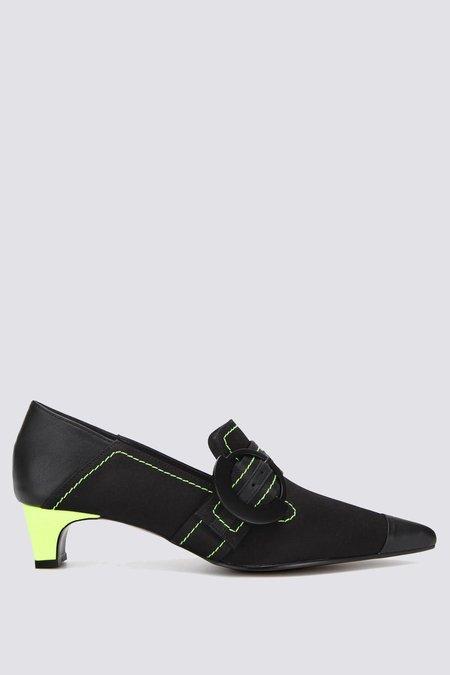 Flat Apartment Satin Pointed Heels - Black