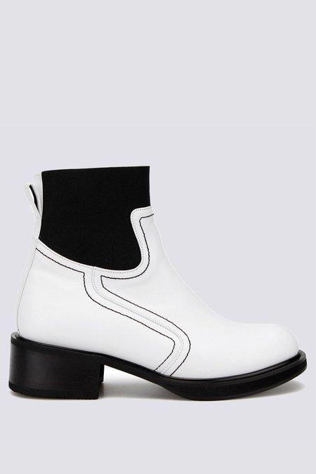 Flat Apartment Elastic Boot - White