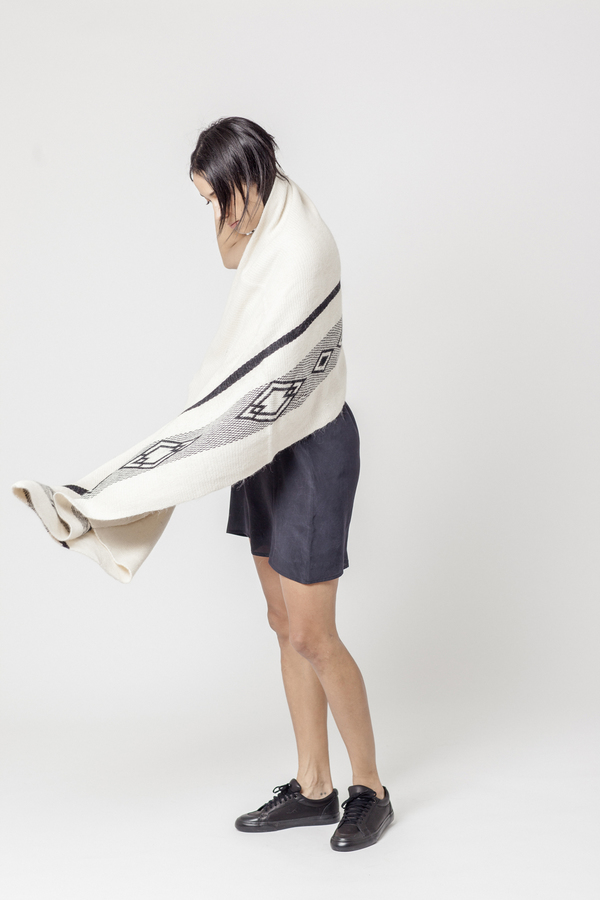 EXCLUSIVE: VOZ Diagonal Shawl
