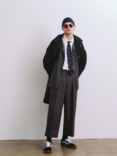 DAILY INN Door Man Oversized Uniform Heavy Wool Coat - Deep Navy