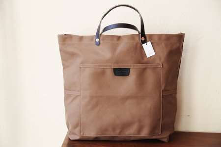 Bradley Mountain Coal Tote - Tobacco/Black