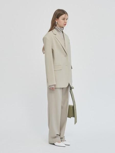 GABRIEL LEE Oversized Drop-shoulder Blazer With Belt - Olive