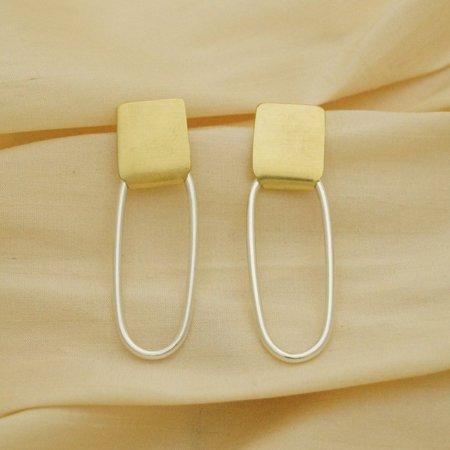 Sunday Feel Pin Earrings