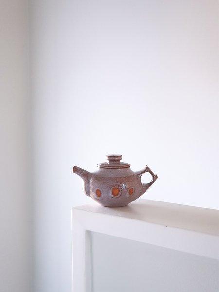 Jinho Jeong Teapot 3