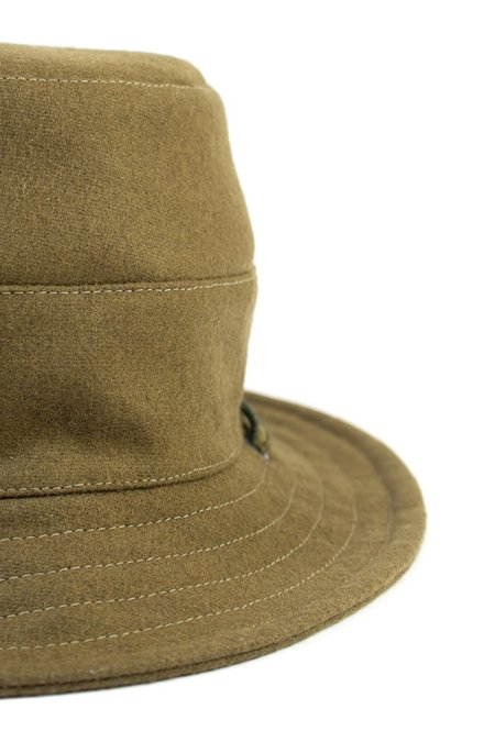 Tsuyumi Bucket Hat With String - Olive