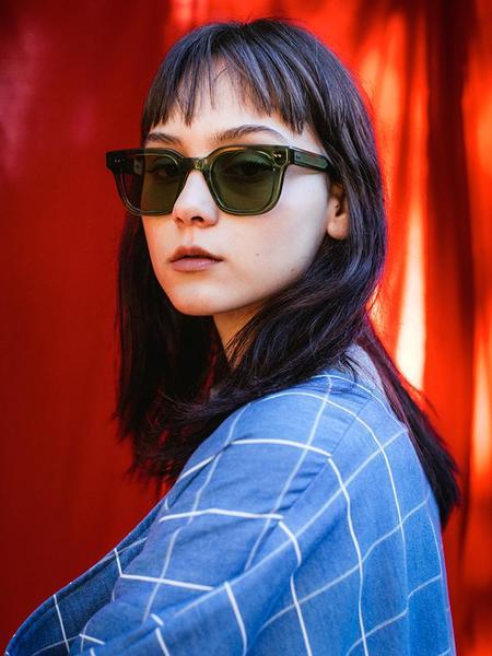 Chimi 004 Square Sunglasses - Kiwi Clear
