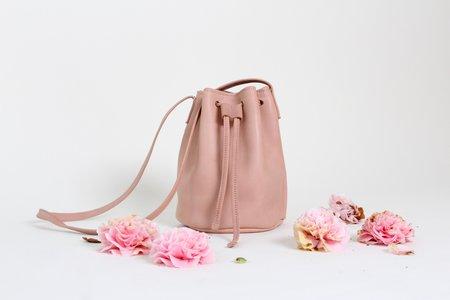 Primecut Leather Bucket Bag - BLUSH