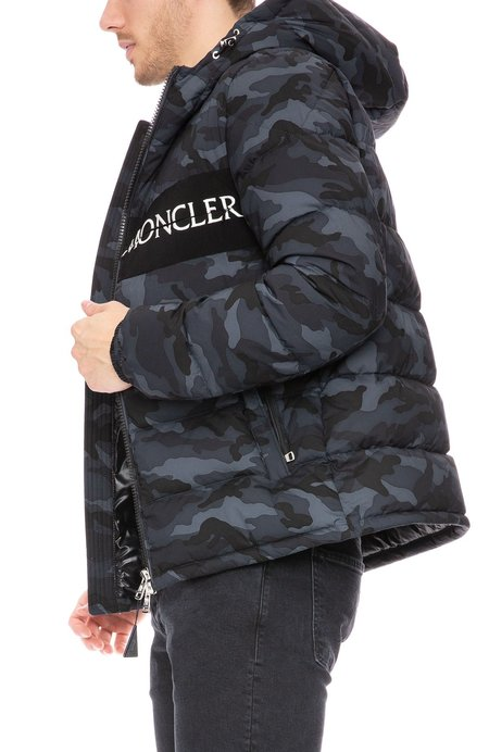 7a51a5ef1c6ee Moncler Puffer Jacket - Camo ...