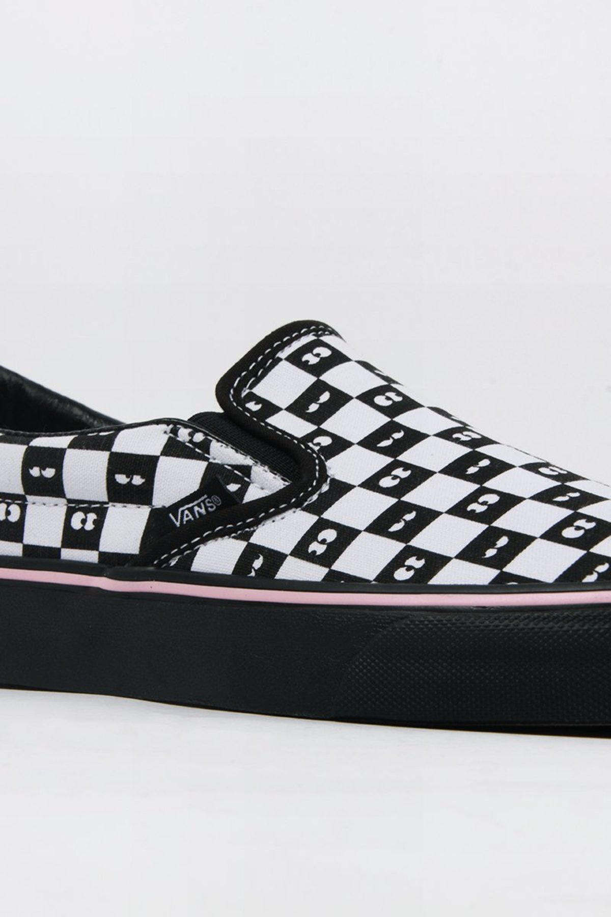 02fc17fd27f1 VANS X Lazy Oaf Classic Slip-On - checkerboard eyeballs