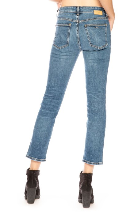 CQY Friend Straight Leg Jean - Moment