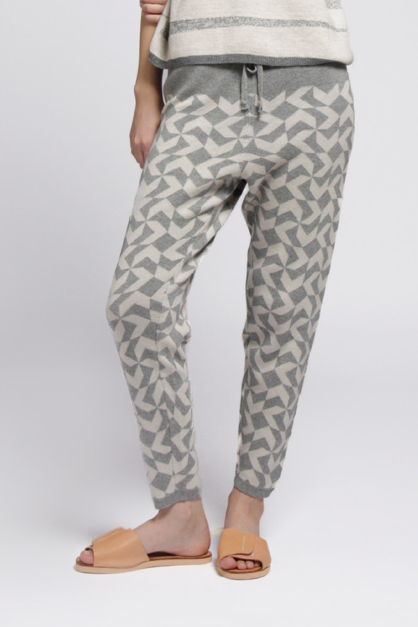 Grey Arrow Sweatpant