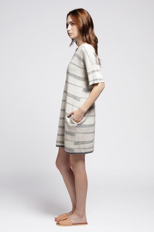 Static Dress