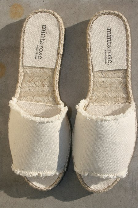 MINT & ROSE Olivia Sandal - White