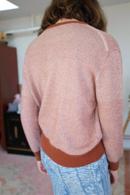 Beklina Cashmere Ribbed Crew Sweater - Clay/Ivory