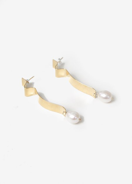Wolf Circus Lunette Earrings - Gold