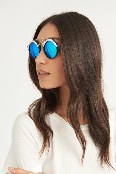 FREDA BANANA Leo Matte Sunglasses - Black/White Pearl