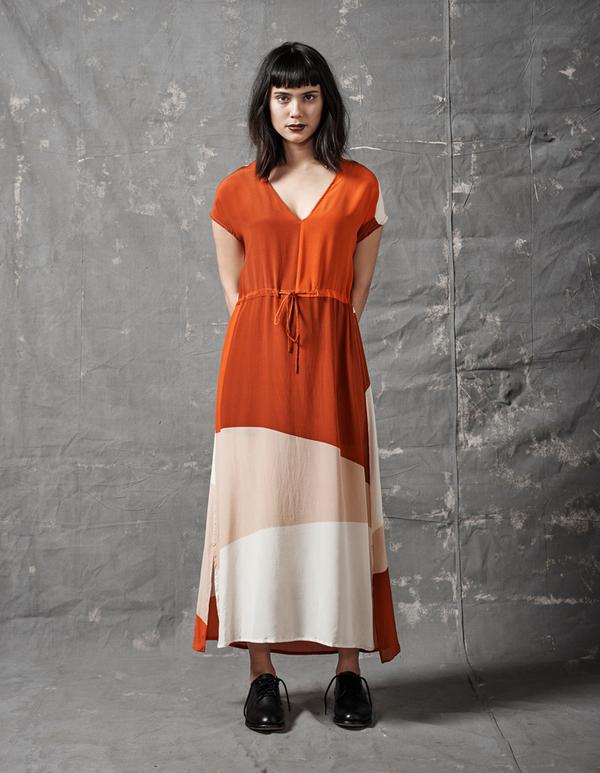 ALI GOLDEN DRAWSTRING DRESS - REDS
