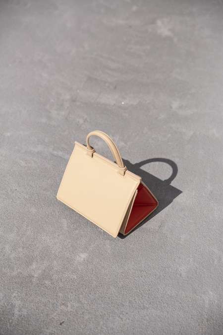 Mlouye Mini Triangle Bag - Champagne