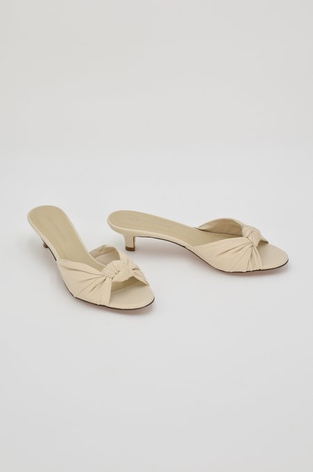 Mari Giudicelli Jeanne Knot Sandal - Ivory