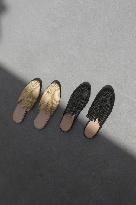Bronze Age Kai Slide w/ Tassel - Black