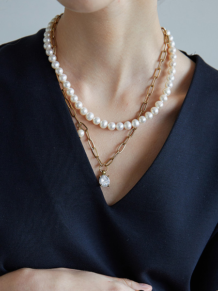 ATELIER901 Chloe Pearl Necklace