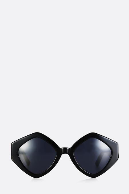 Pared Romeo and Juliet Sunglasses - Black